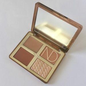 NATASHA DENONA Tan Bronze & Glow Palette NIB